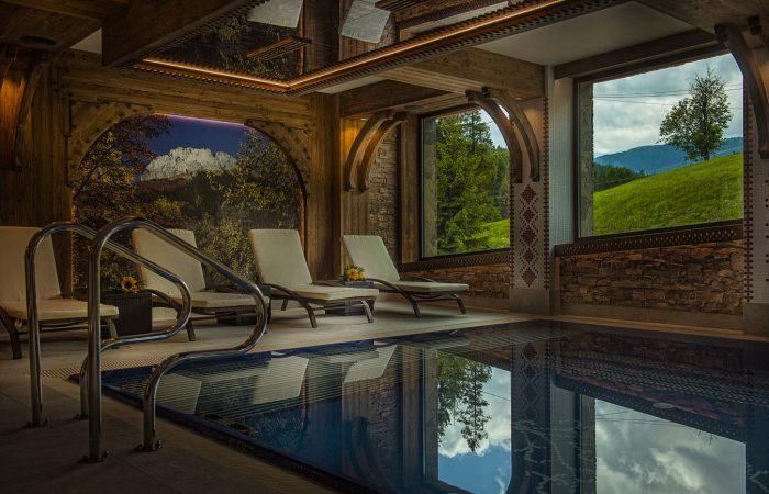 Hotelový bazén - Grand Hotel Bachledka Strtachan Ždiar (1)