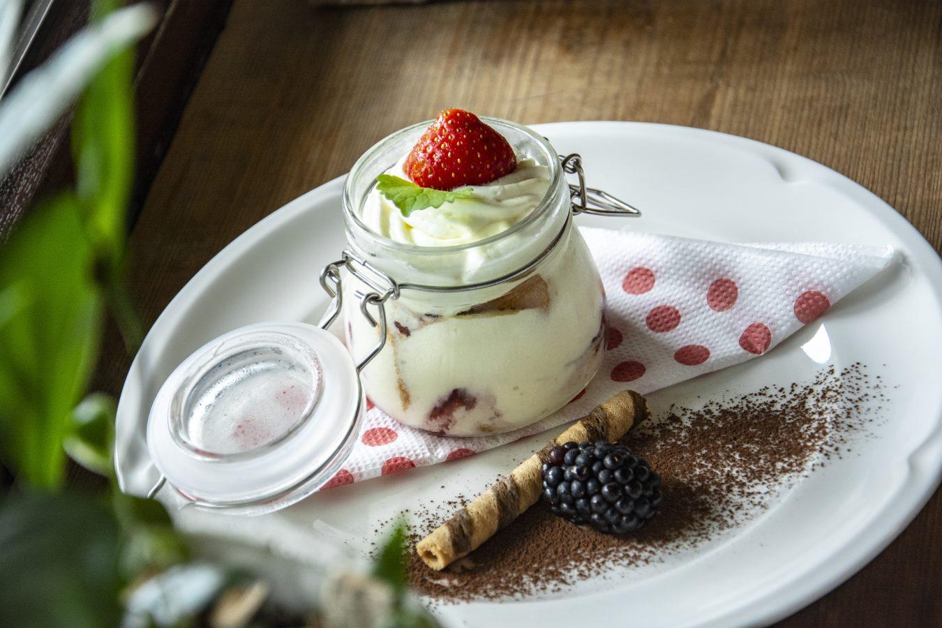 Reštaurácia Ždiar Hotel Bachledka Strachan (3)